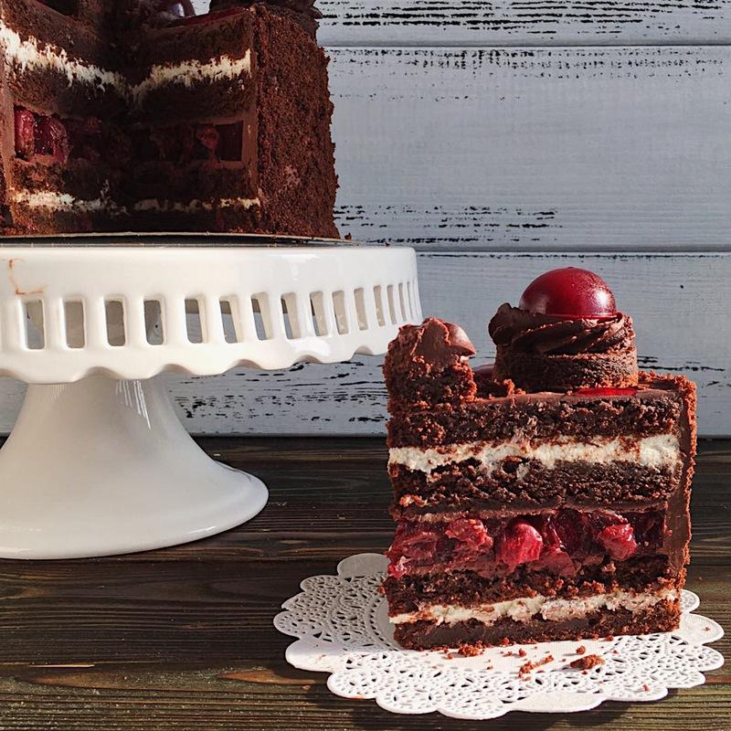 Торт черный лес разрез фото